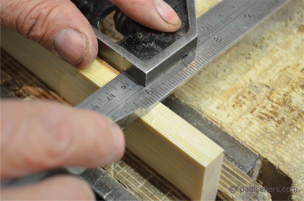 dovetail saw teeth. begin by holding the rule or, in my case, combination square beam, against 1/2\u201d 1\u201d piece of wood. an 8\u201d long is sufficient. dovetail saw teeth g
