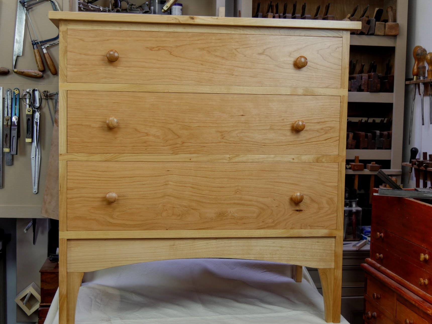paul sellers workshop. as it was in the cherry chest of drawers currently being built now wwmc, there are hidden complexities to enhance project. this case, we once again paul sellers workshop