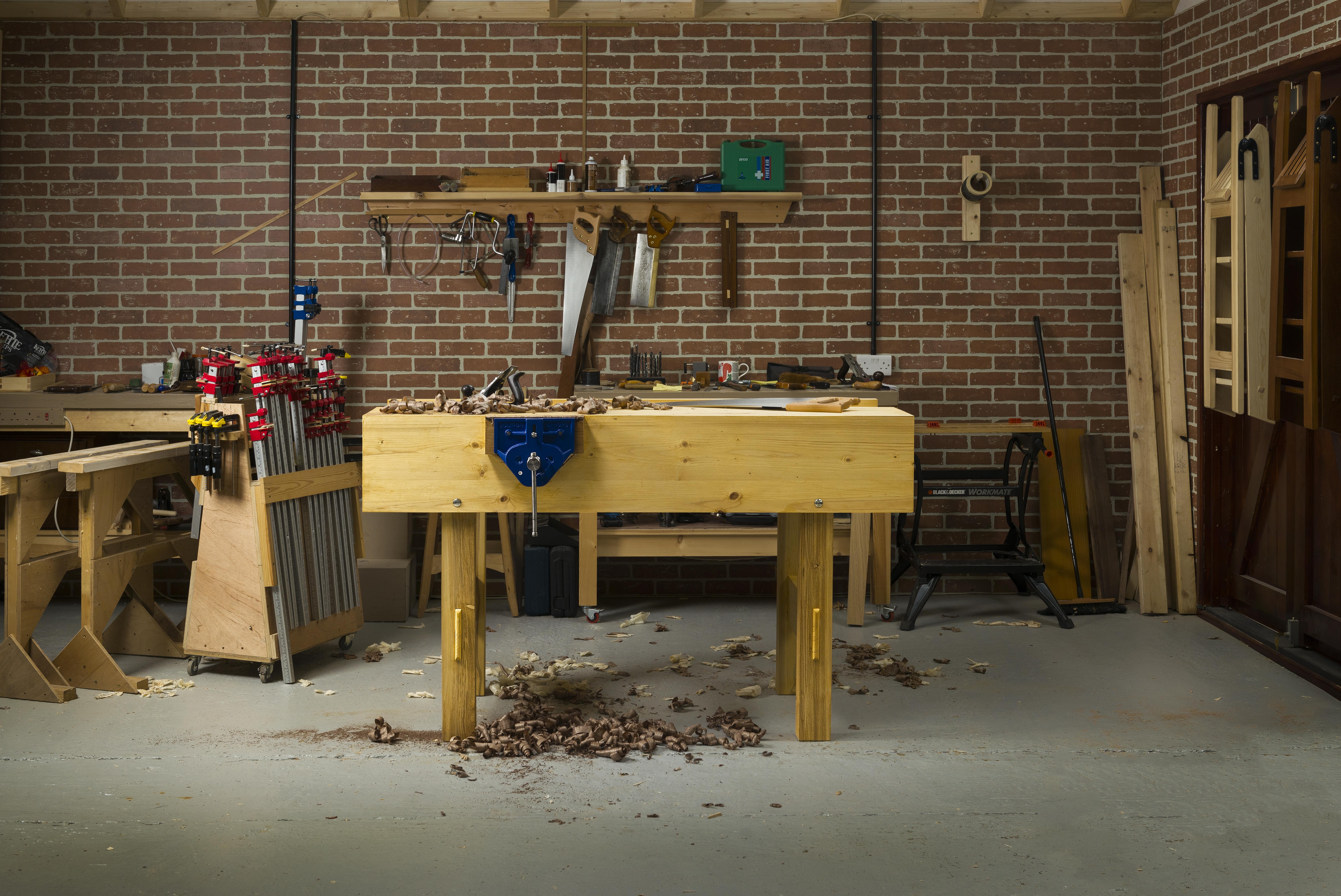 Paul Sellers workbench Photo by Ryan Cowan. Rokesmith Publishing