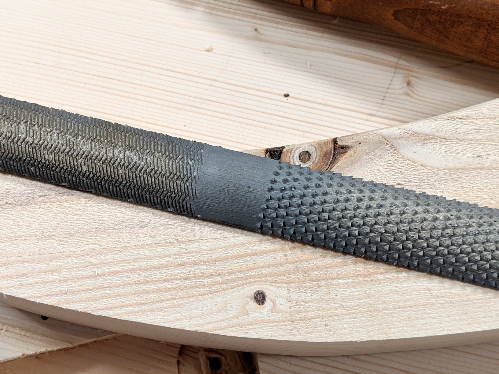 14 Inch Long. with a Half Round Shape 5 Units Rasp Bastard Coarseness of Cut with a Tang Nicholson